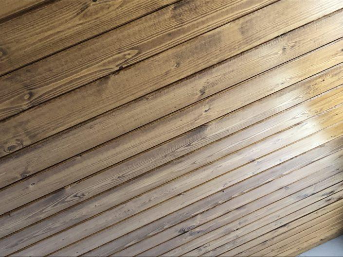 acabado Panel Sandwich Metalico imitacion Teja con madera interior